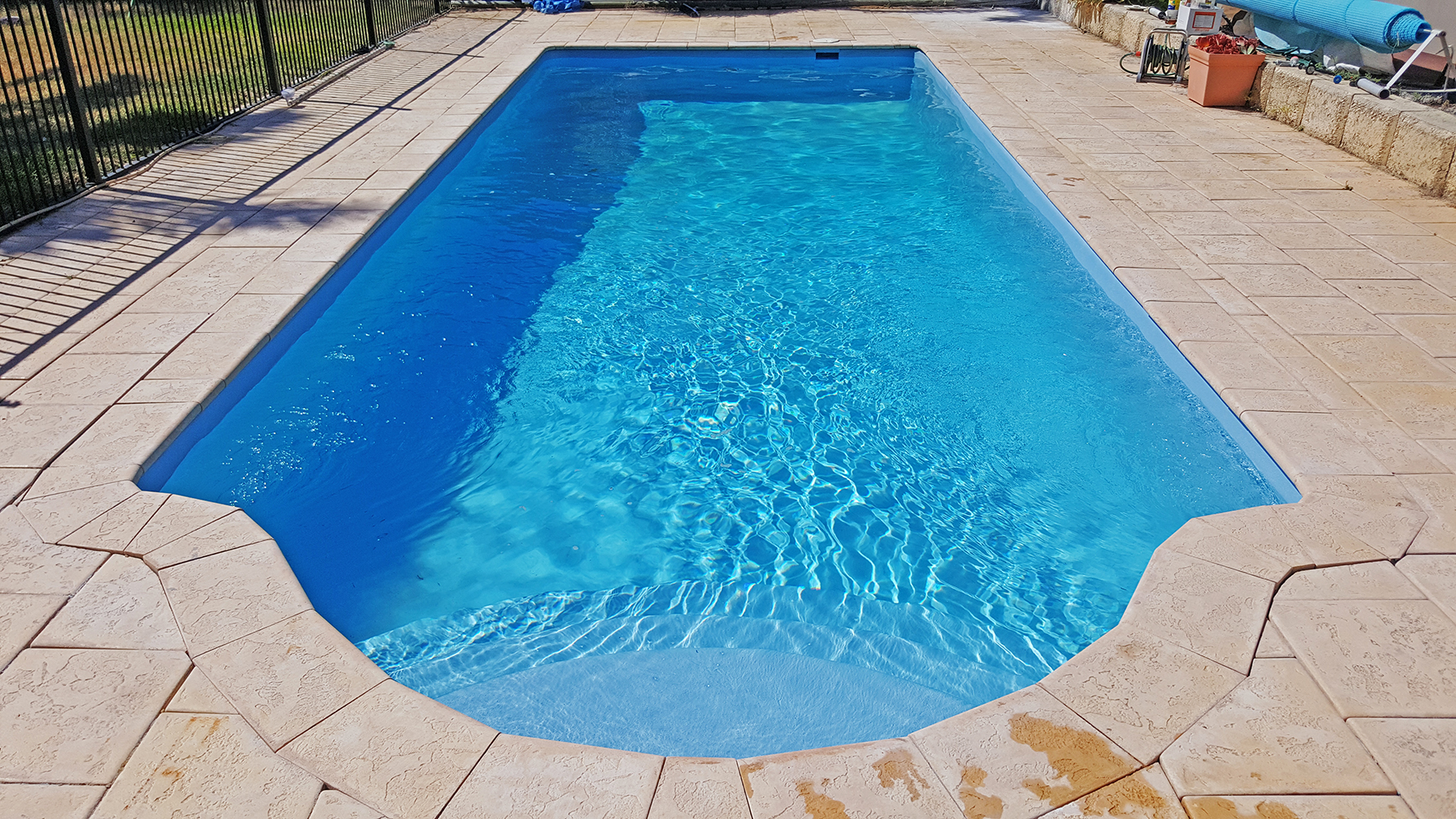 Fibreglass Pool Resurfacing And Repairs In Perth Pools 101